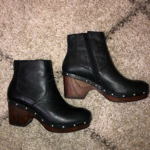 Lucky Brand Black Leather Stud Clog Ankle Booties